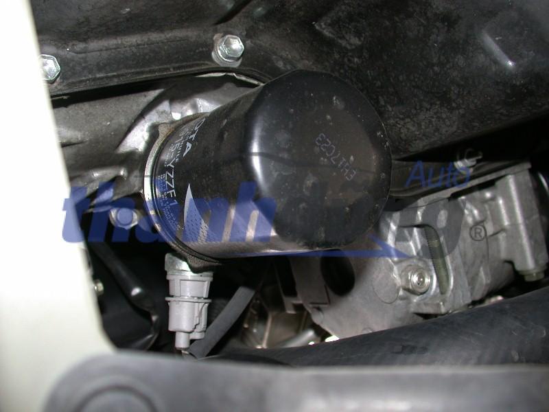 Lọc dầu ô tô có cần thiết phải thay không